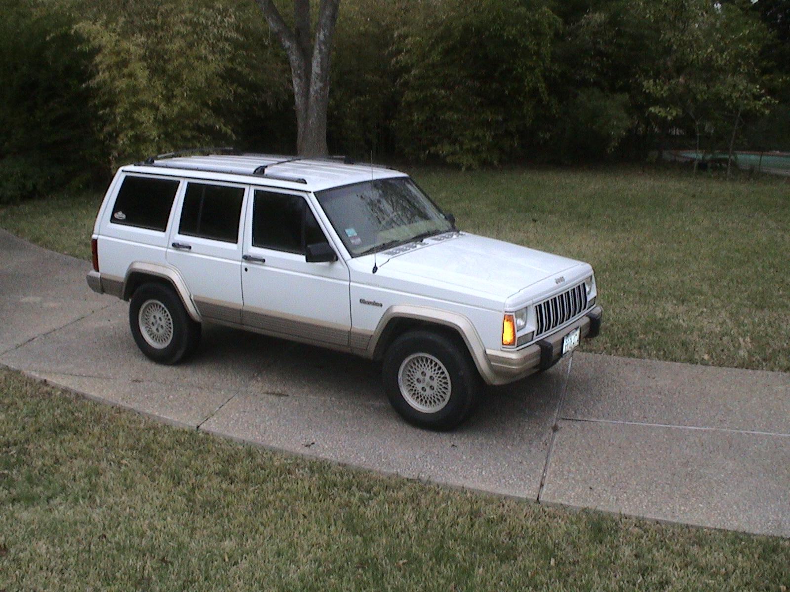 93 jeep cherokee whitedsc01403